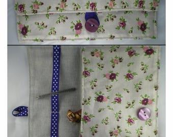 Pochette002 - Pochette fleurie en tissu liberty beige