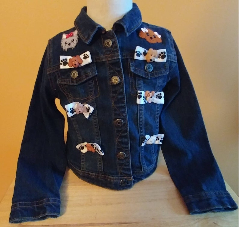 Beautiful Denim Child's Bows and Puppy Dogs embellished jacket size 6 for a  special little girl