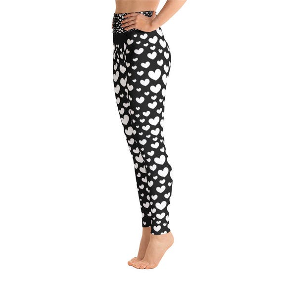Black White Heart Yoga Leggings Capri Yoga Pants Sport  3c582387cdcba