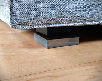 Leveling block for Couch Corner Cat Scratching Post