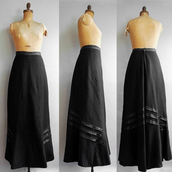 1900s Dahlia Skirt | Antique Edwardian Wool Mourni