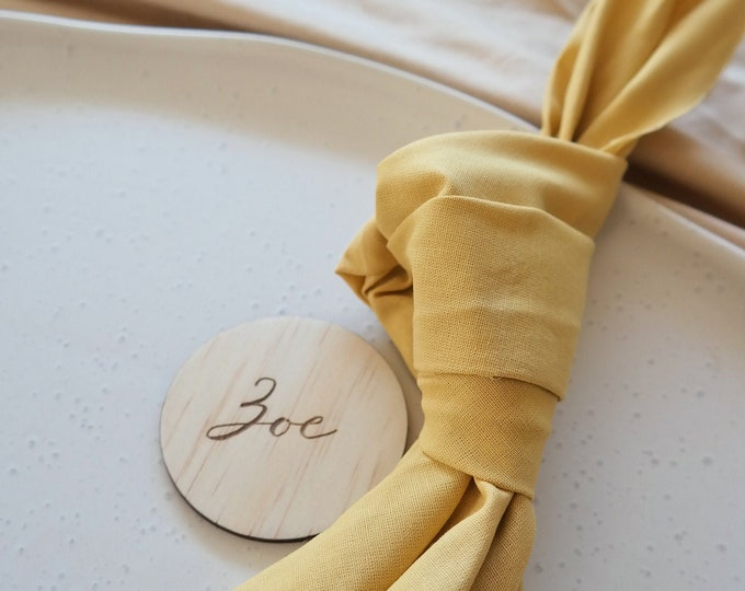 The Palms - Round Wood Place Card
