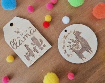 Christmas gift tags. Wooden gift tag. Llama.