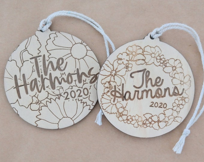 Christmas Baubles - FAMILY GIFTS - Ornaments - Retro Florals - Wood Bauble