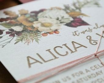Wedding invitation. Engraved paper invitation. Burgundy. - Pack of 10