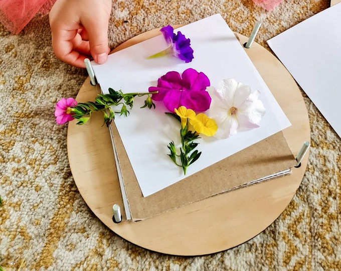 Flower Press - Round Customised Flower Press - Gift