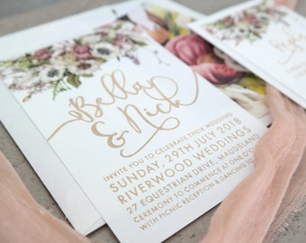 Wedding invitation. Engraved paper invitation. Dusty Pink florals - Pack of 10
