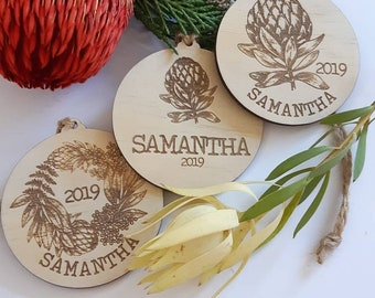 Australian Christmas. Personalised Christmas decorations. Christmas baubles.