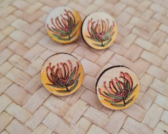 Wildflower Earrings - Australian flower earrings - Grevillea - studs