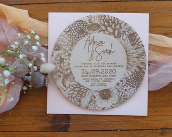 Botanical florals wedding invitation. Round Wedding Invitation. Wood invite. 10 pack