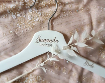 Customised Coathangers - Bridal party coathangers - Briday party gifts