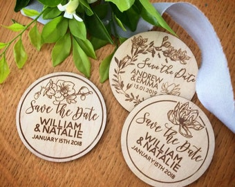Save the date magnets. 10 pieces. Wooden magnets. Rustic. Wood etched - 2019 Flower Designs