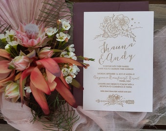 Bohemian flower wedding invitation - Plum and White - Pack of 10