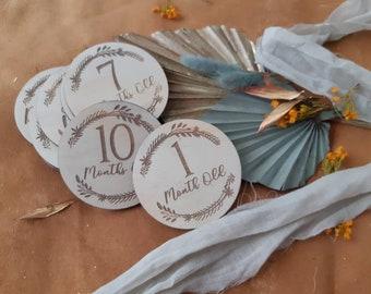 Baby Milestone Cards - Age Photo Props - botanical wreath