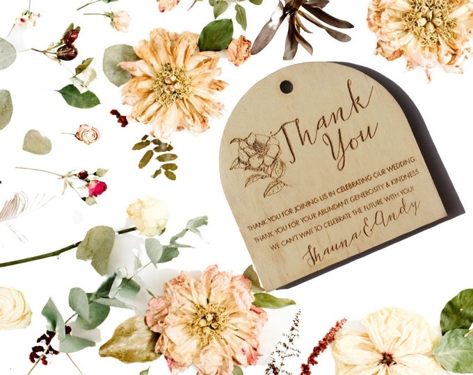 Wild Beauty Wood Thank you tags - Wedding gift tags. Rustic Flowers. Set of 10