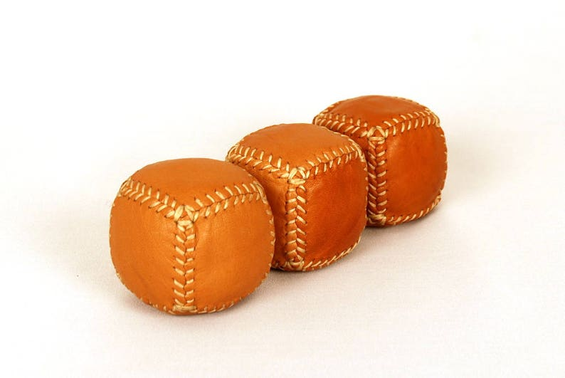 Ready to ship. Leather Juggling Balls Custom weight balls 3 Leather Bean Bags for Professional Jugglers