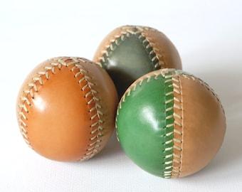 Juggling Balls, Juggling Set, Set of 3, Leather Juggling Balls, 3 Two-Colored Juggling Balls, Gift for jugglers, Circus Material