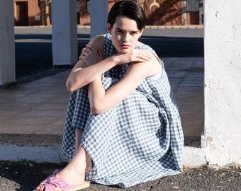 Linen smock dress VOLUME in light weight linen
