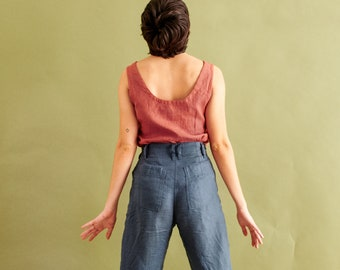 High-waisted pleated front pants DAMME