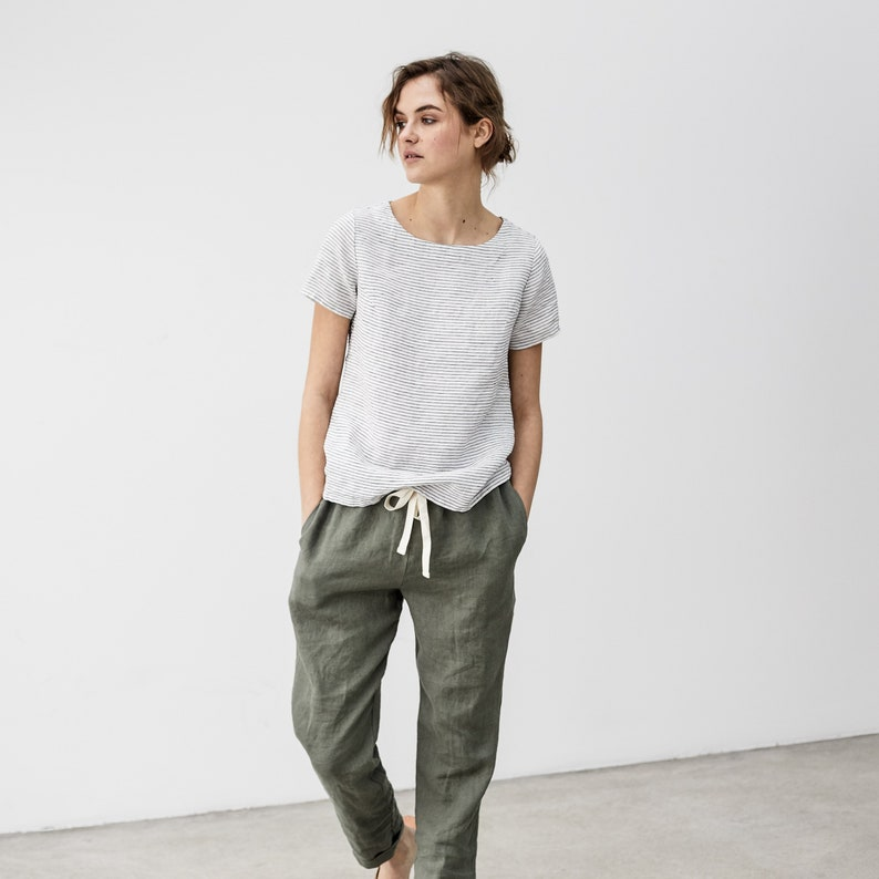 Fitted linen tee HAMBURG / linen tank top/ basic linen blouse image 0