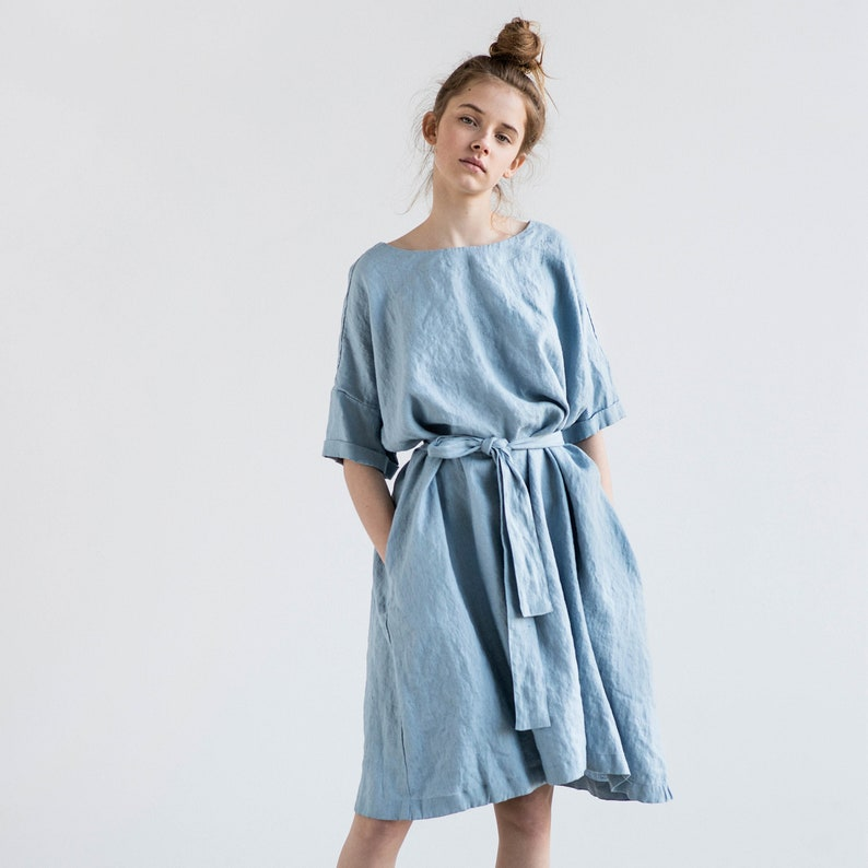 Linen dress with DROP SHOULDER short sleeves / Oversized loose image 0