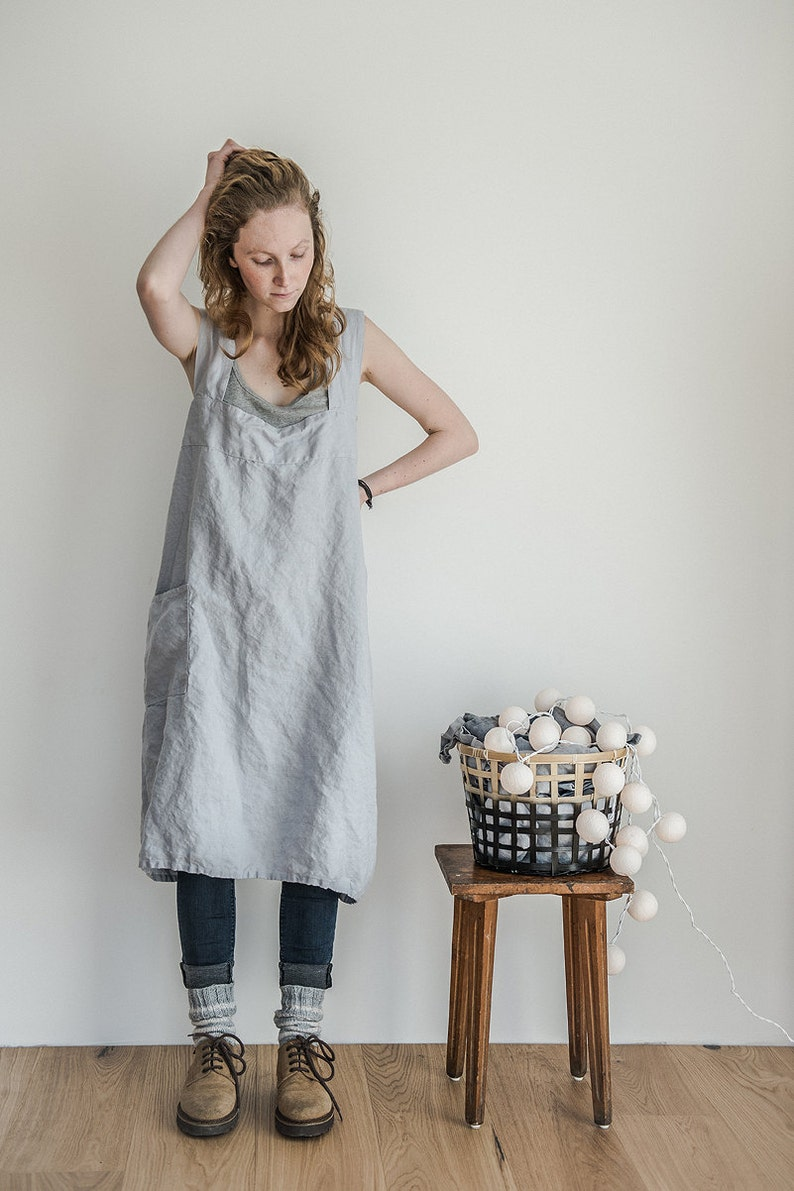 Linen pinafore apron / Square cross linen apron / Japanese image 0