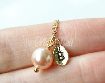Swarovski peach pearl necklace, Personalized peach necklace, Bridesmaid gift, Wedding pearl necklace, Bridesmaid jewelry, Swarovski pearl