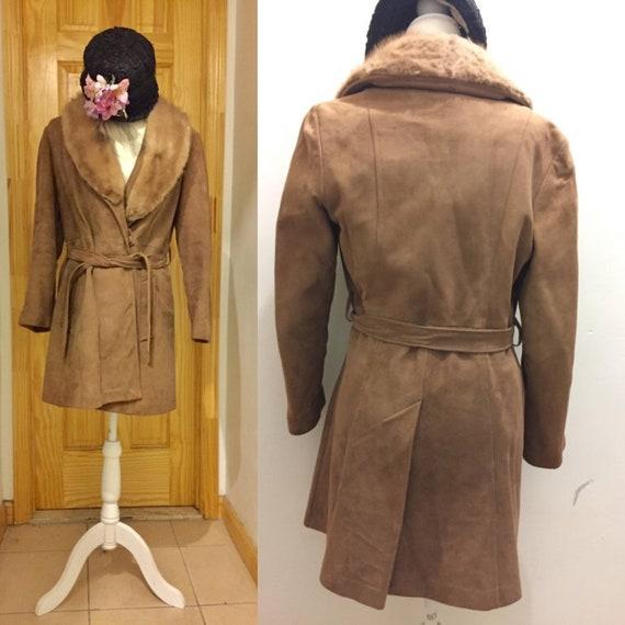 Vintage Beige Suede Trench Coat With Fur Collar