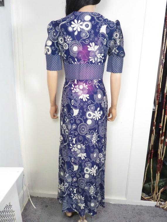 Vintage 60s Psychedelic Print Boho Maxi Dress Siz… - image 5