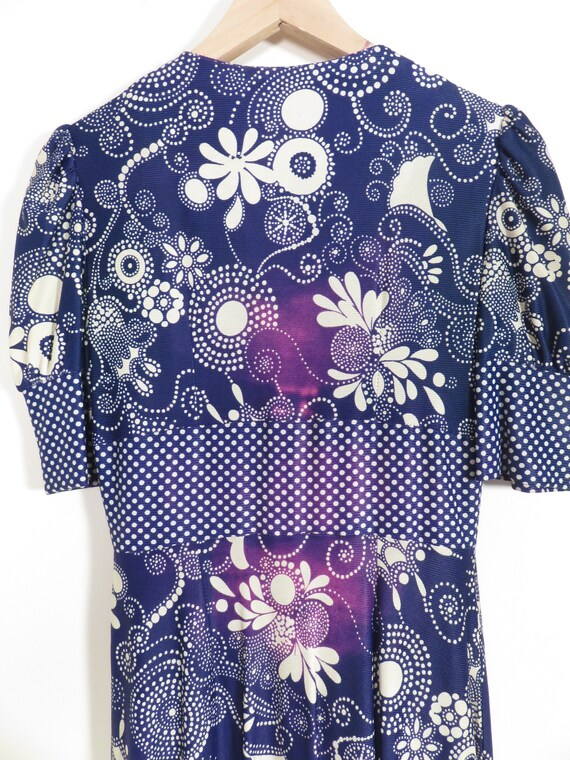 Vintage 60s Psychedelic Print Boho Maxi Dress Siz… - image 10