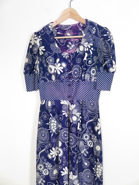 Vintage 60s Psychedelic Print Boho Maxi Dress Siz… - image 7