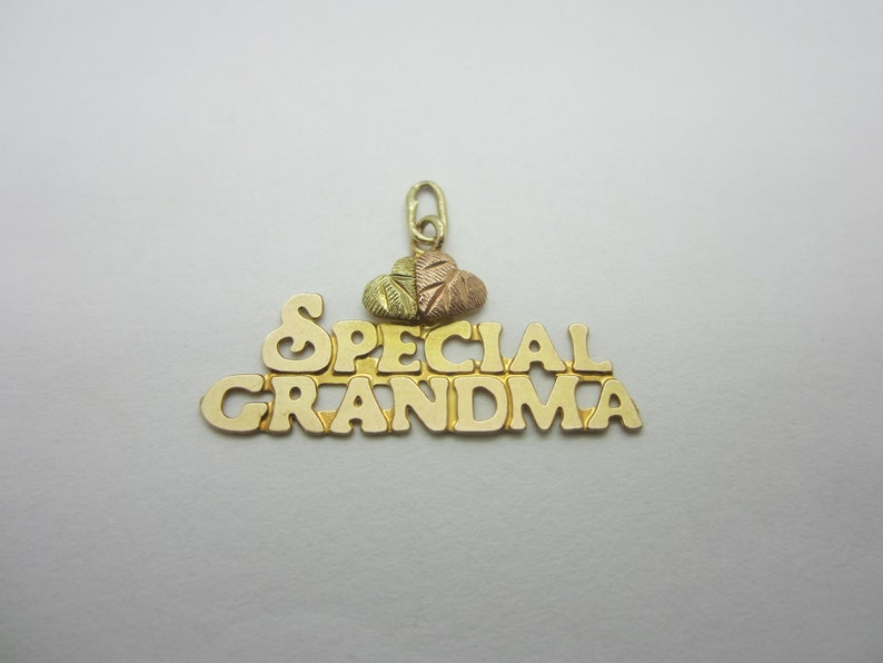10K Yellow Gold Special Grandma Charm Love for image 0