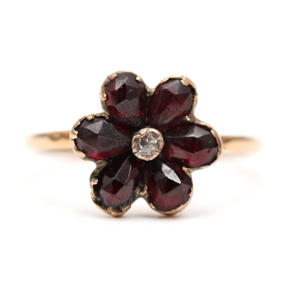 9k Victorian Garnet Cluster Ring
