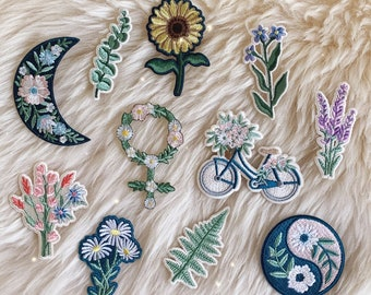 Botanical Cottagecore Iron On Patch Embroidered Patches Floral Venus Yin Yang Moon Fern Wildflowers Daisy Sunflower Bicycle Lavender Flower