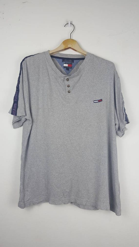 557bc47be10f Vintage Tommy jeans Tommy Hilfiger spell out big logo shirt