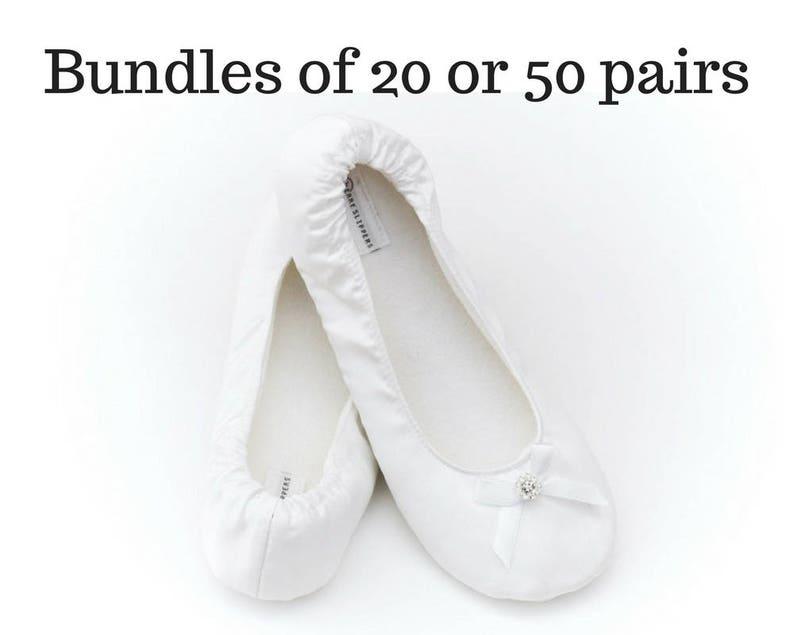 6b546ddb9fe Chaussures de danse pour mariage. 50 ou 20 paires de chaussons
