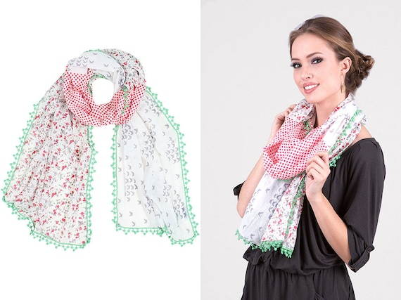 Ladies Womens Light Weight Summer Triangle Scarf Printed Ditsy Flower Design