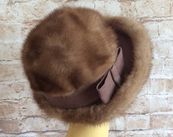 4ccd402fa6a441 Vintage Mink Fur Hat By Kates Boutique Of Canada Size Small - Medium c  1950-60s