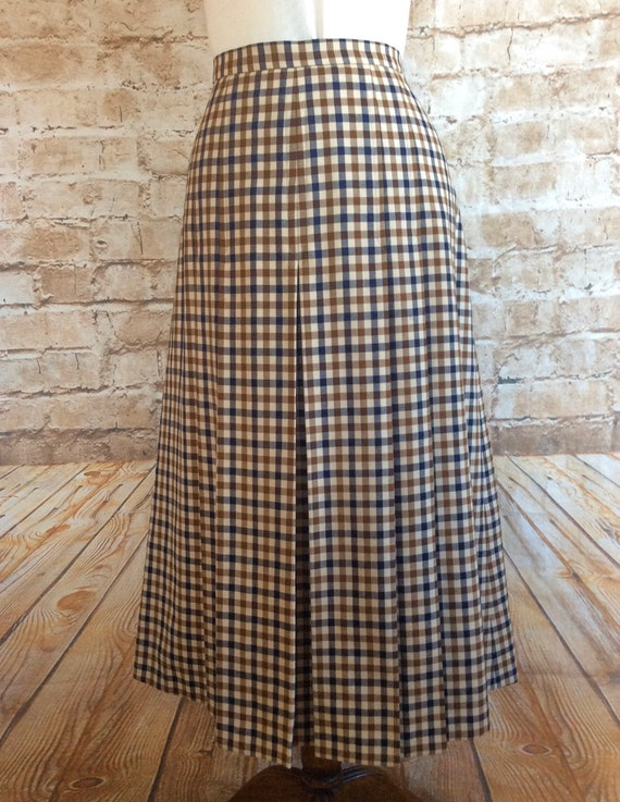 good texture exclusive range big sale Vintage Skirt Pleated Style In Classic Checked Pure Wool Fabric By  Aquascutum c1980s Size 14 UK