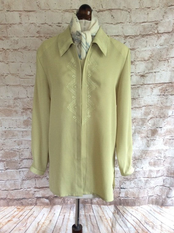 Vintage Blouse In Pistachio Green Polyester With E