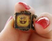 Barcelona handmade adjustable ring.