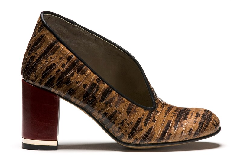 aba2935b430 Como Womens Brown Black Snake Skin Burgundy Red Leather Chunky