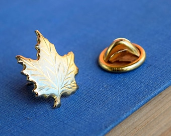 Maple Leaf Lapel Pin - Canadian - Vintage - Canada