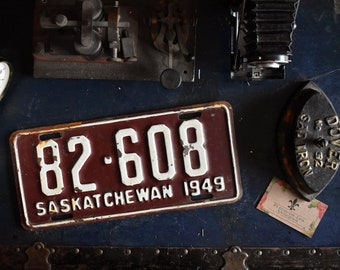 1949 Saskatchewan License Plate - 82-608 - Vintage Automobile ID - Wall Hanging - Industrial Decor -  Canadian Provinces