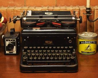 Antique Royal Manual Typewriter - Tested & Working - Glass Keys - Made in USA