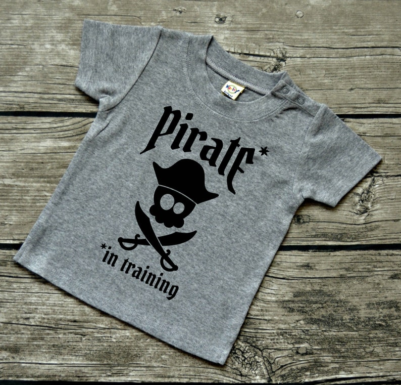 Boys Baby Infant Vinyl Graphic Tee Shirt Multiple Colors Sizes Available 6-24 months Pirate In Training