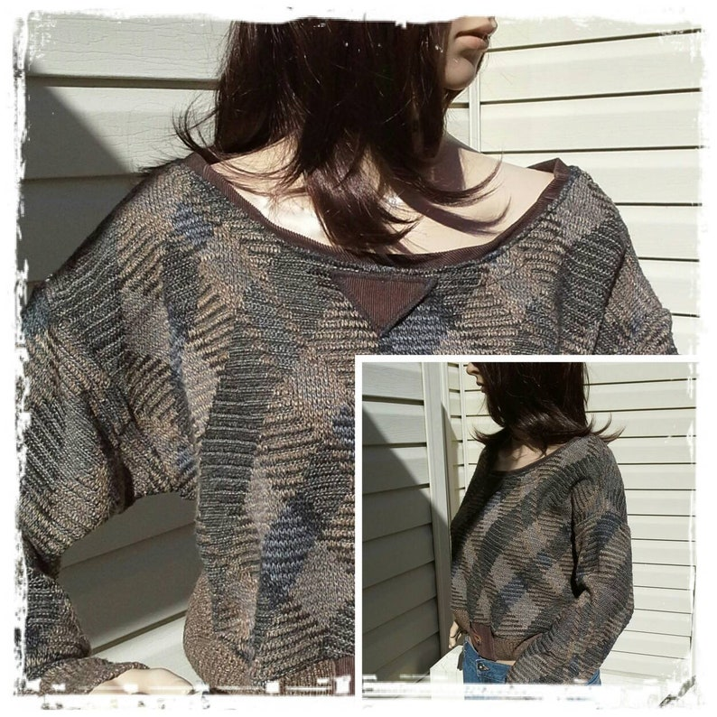 Boyfriend Fit Brown Tan /& Black Medium Large Oversized and Warm Retro Cropped Sweater Loop and Button Corduroy Trim
