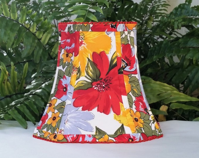 Featured listing image: Bright Floral Square Lampshade