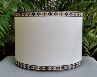 Drum Lampshade, Off White Linen, Vintage Trim Lamp Shade