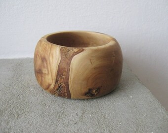 Wood turned bowl / small wooden bowl / olive wood bowl / ring dish / jewelry storage / ring display / gift for her